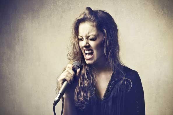 chanteuse-micro